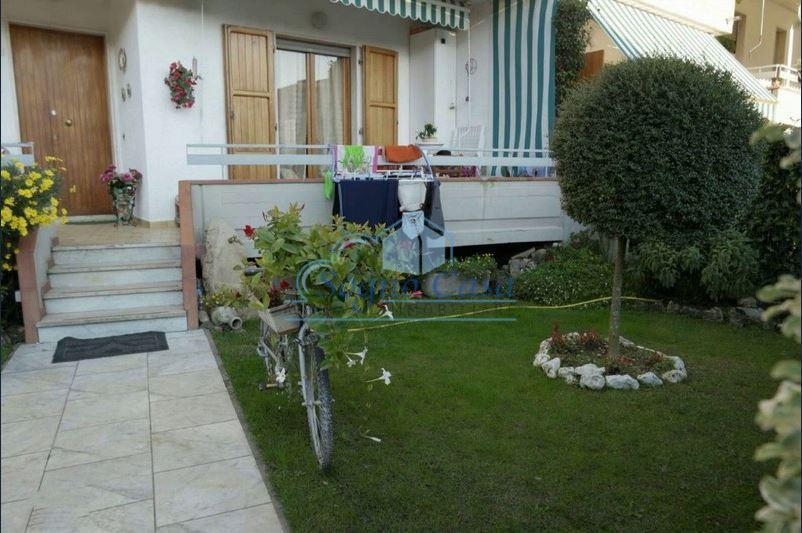 Casa semindipendente in vendita, rif. 106995