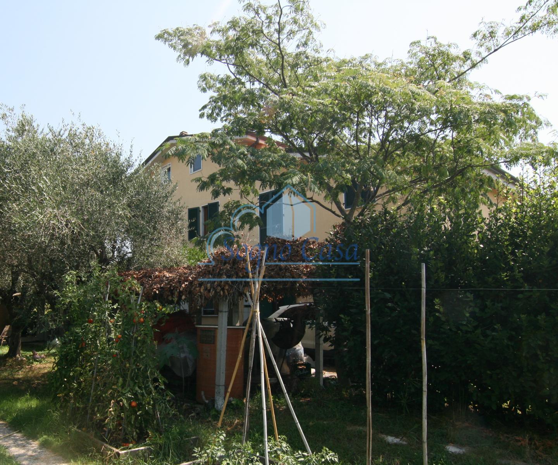 Villetta bifamiliare in vendita, rif. 250