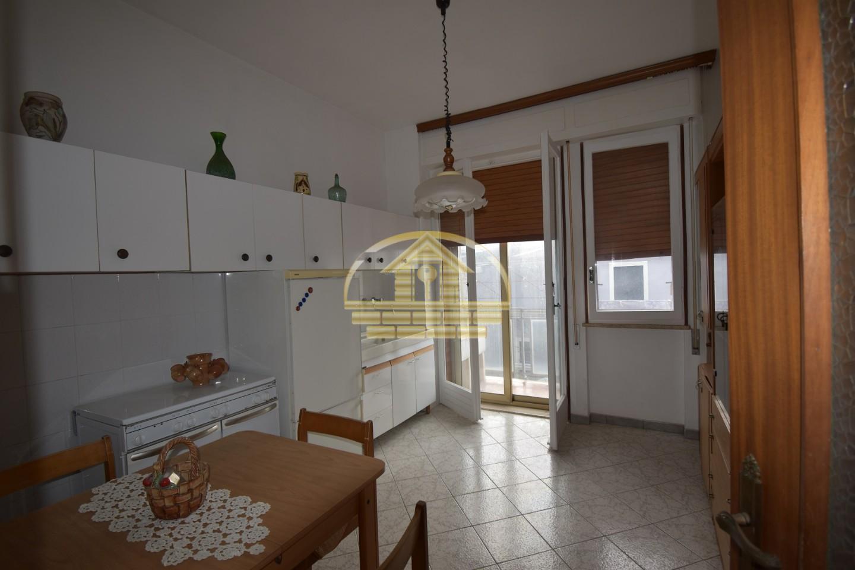 Appartamento in vendita, rif. 437
