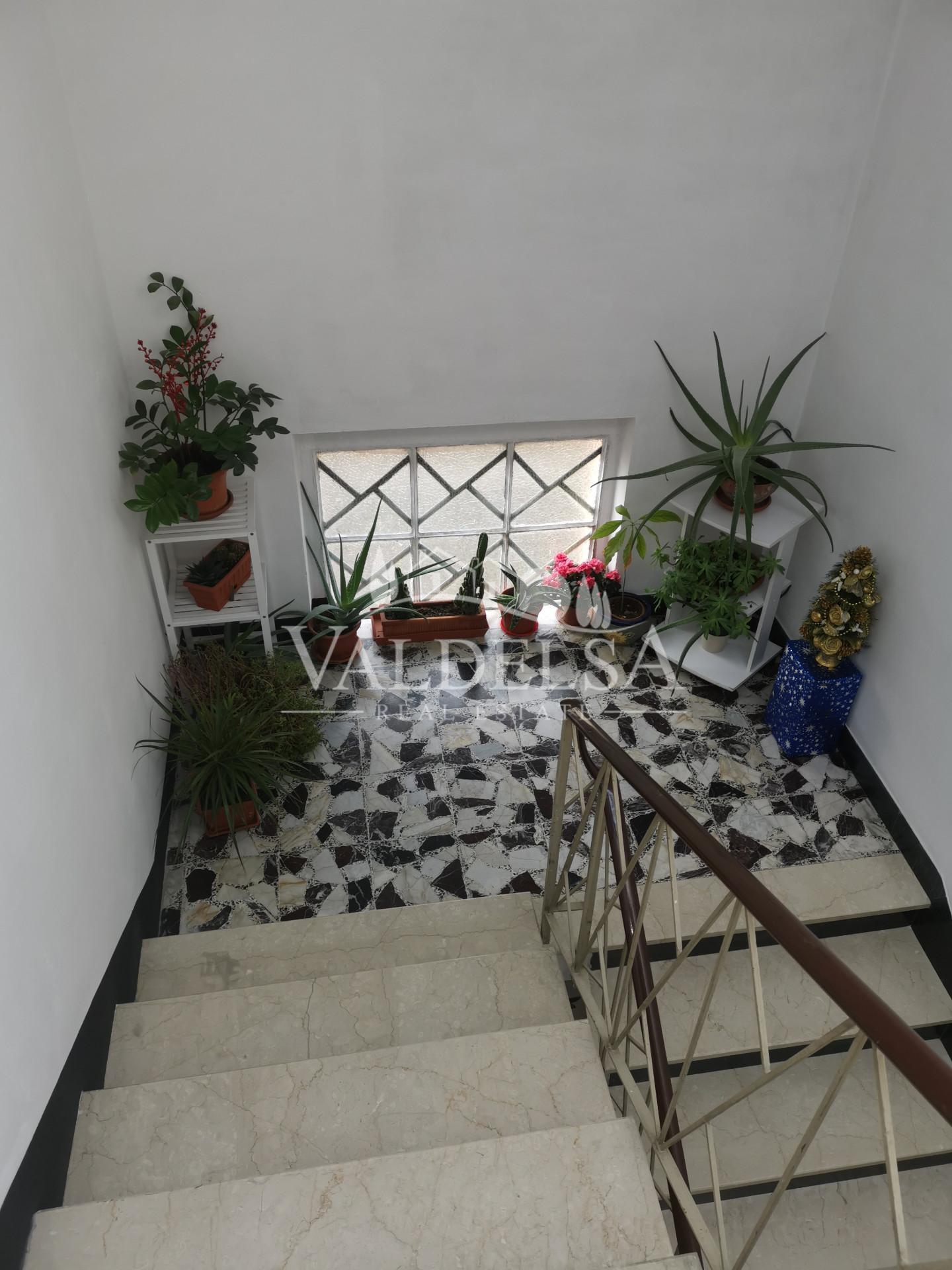 Appartamento in vendita, rif. 609