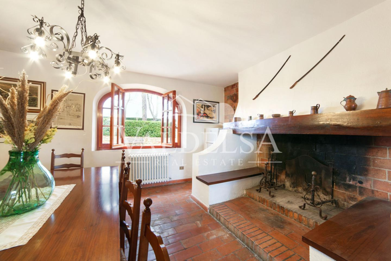 Farmhouse for sale, ref. 530