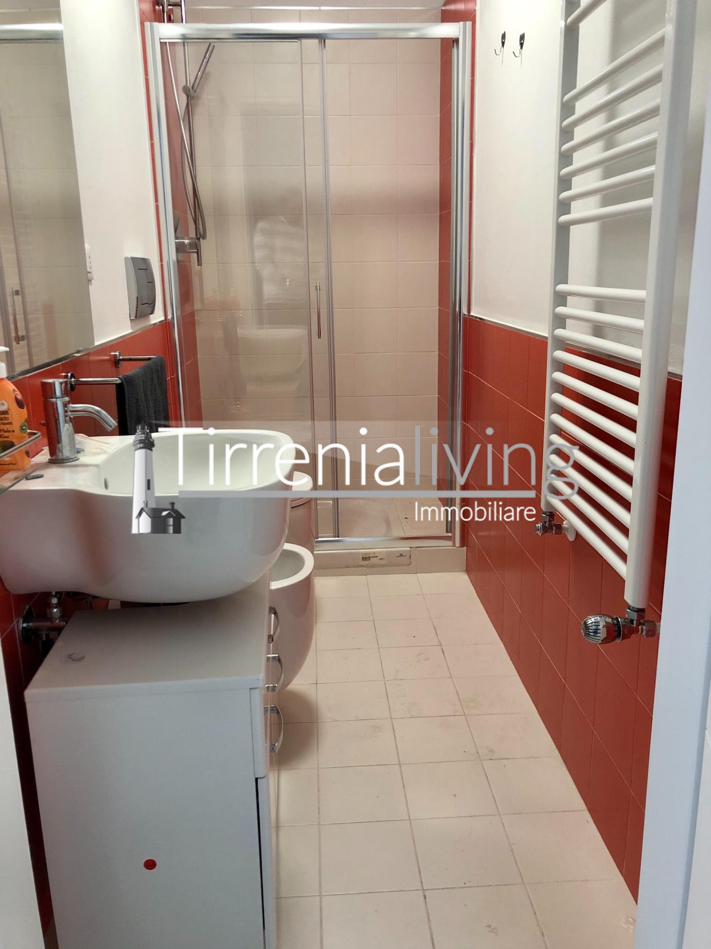 Appartamento in affitto, rif. A-503-E