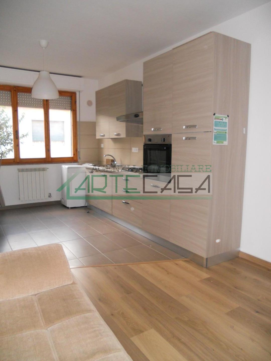 Appartamento in affitto, rif. AC6906