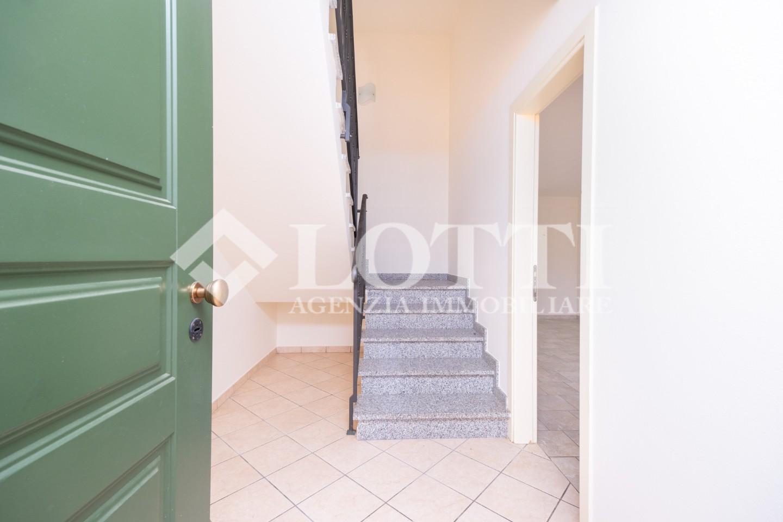 Appartamento in vendita, rif. 742