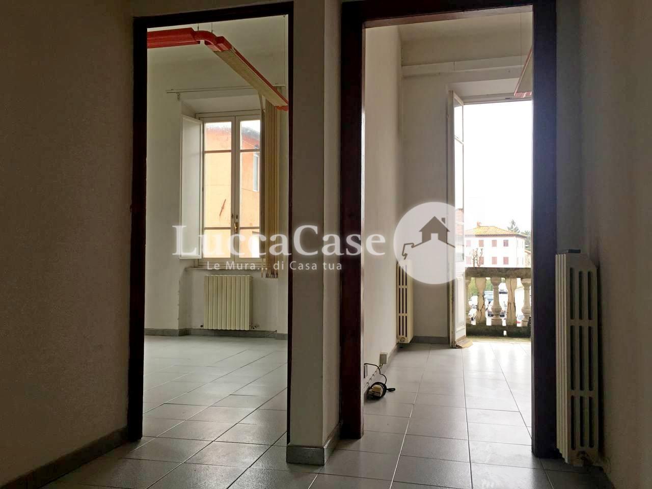 Ufficio in affitto commerciale, rif. F017P
