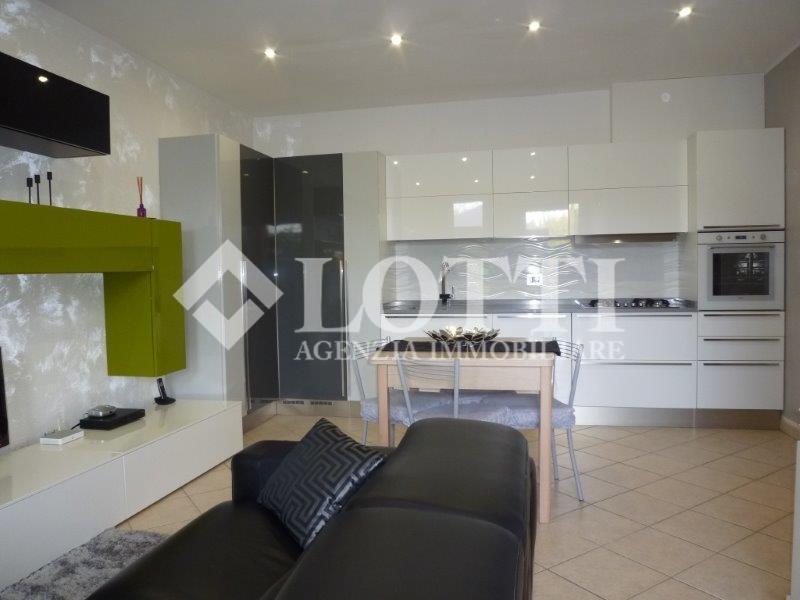 Appartamento in vendita, rif. B1716