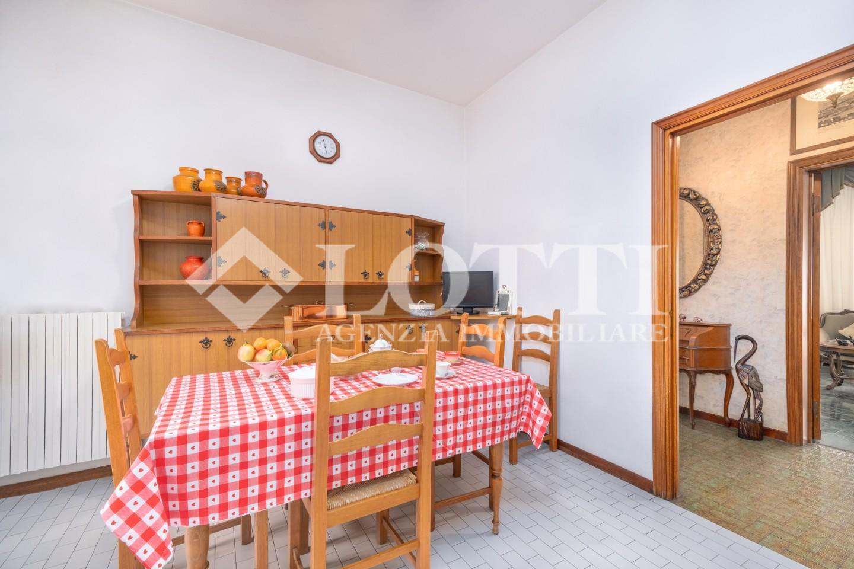 Appartamento in vendita, rif. 744