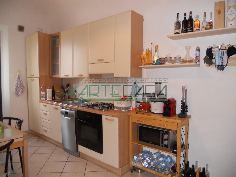 Appartamento in affitto, rif. AC6927