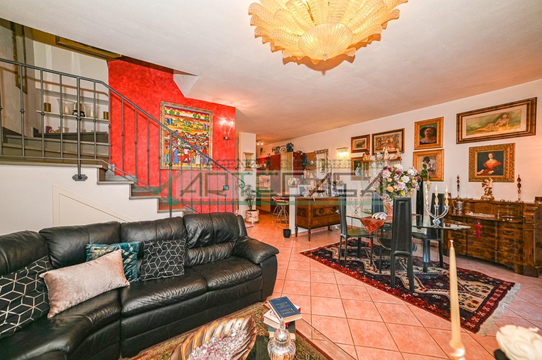 Villetta a schiera in vendita, rif. AC6734ch