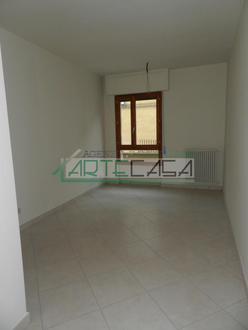 Appartamento in affitto, rif. AC6933