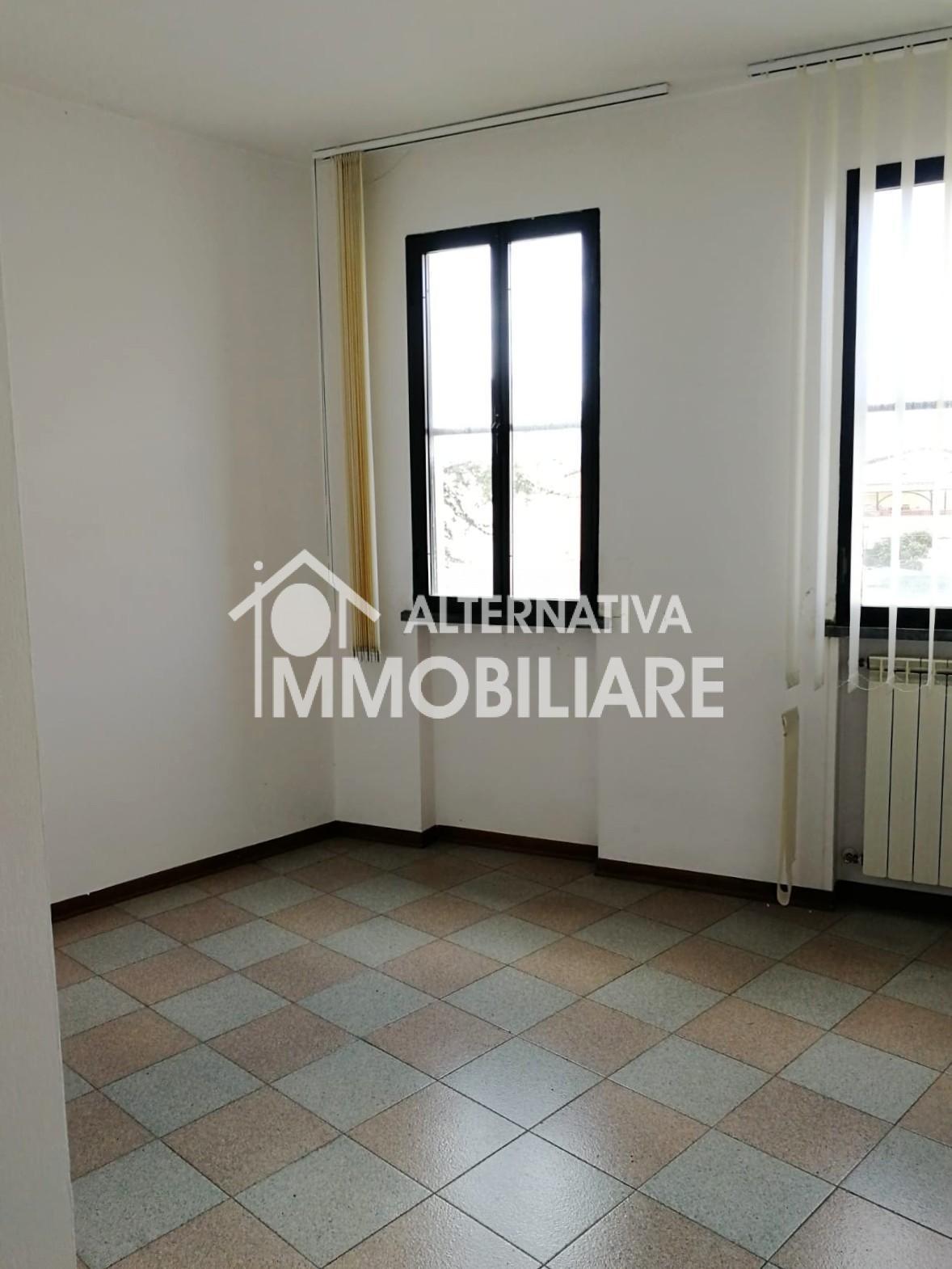 Ufficio in vendita a Vecchiano (PI)