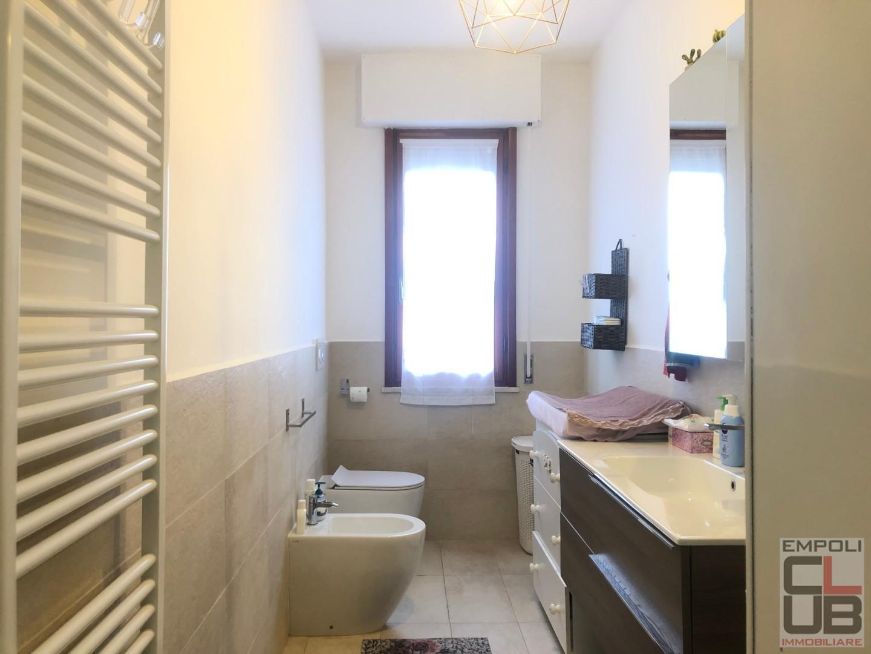 Appartamento in vendita, rif. F/0403
