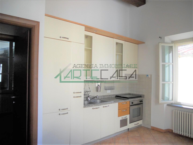 Appartamento in affitto, rif. AC6939