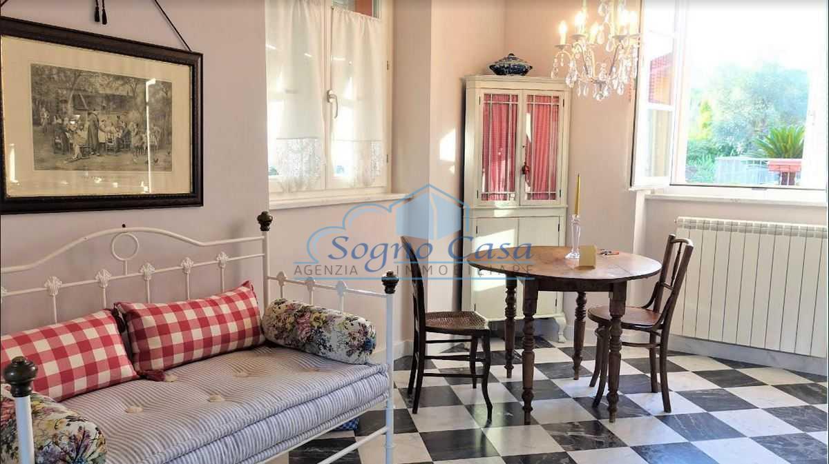 Appartamento in vendita a Ameglia, 2 locali, prezzo € 179.000 | PortaleAgenzieImmobiliari.it