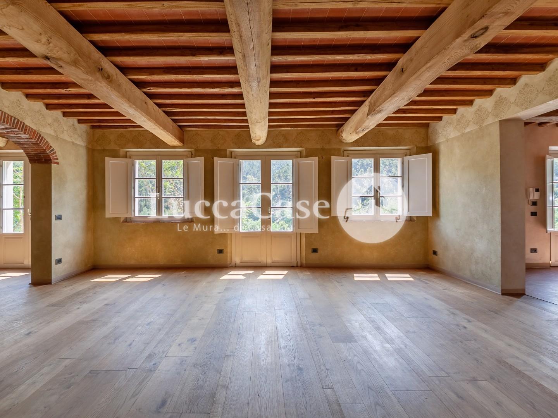 Villa singola in vendita, rif. E061J