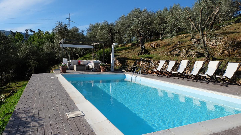 Foto 10/23 per rif. V 32021 villa colline Lucca