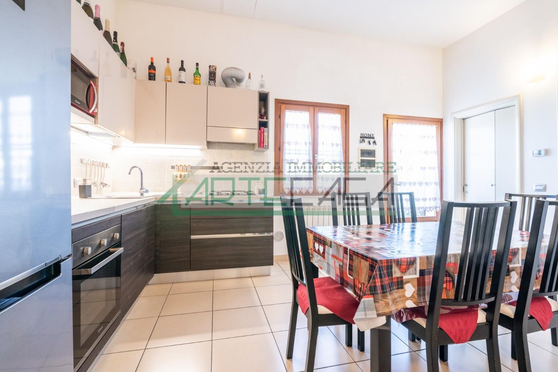 Appartamento in vendita, rif. AC6949