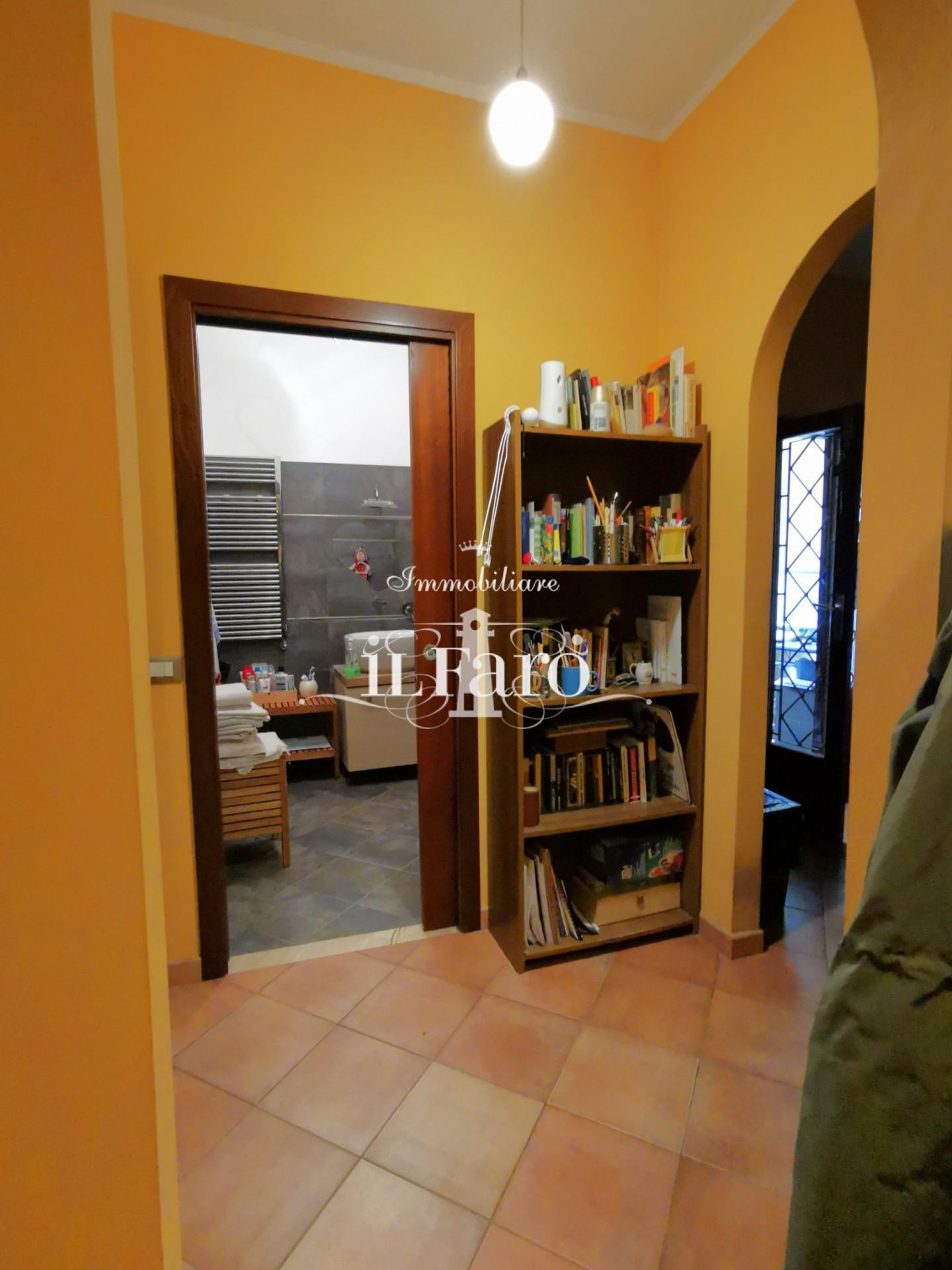 Porzione di casa in vendita, rif. P6133