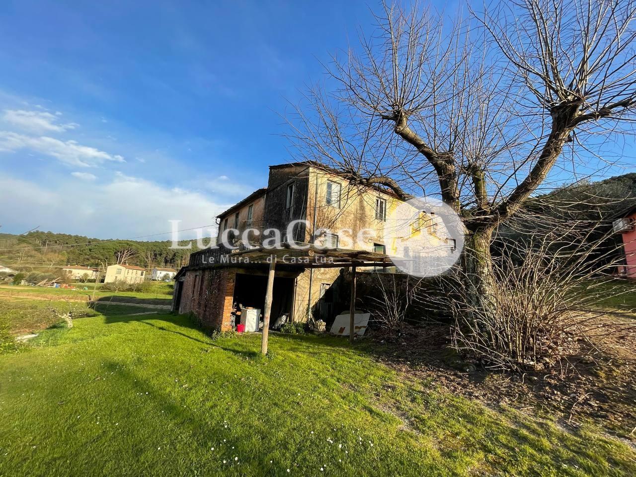 Casa semindipendente in vendita, rif. N029P