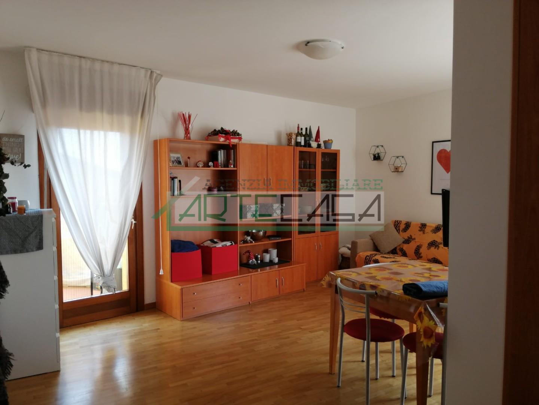 Appartamento in affitto, rif. AC6958
