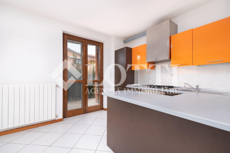 Appartamento in vendita, rif. B2782