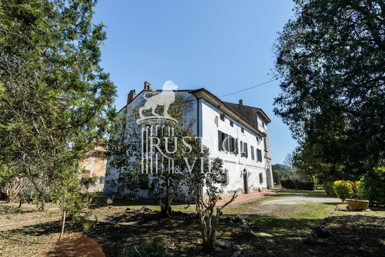 Edificio storico in vendita a San Giuliano Terme (1/81)