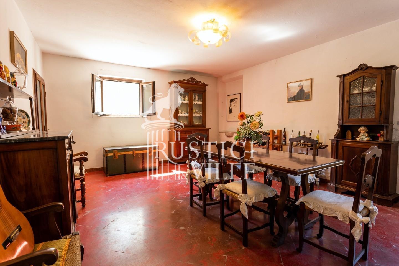 Historical building on sale to San Giuliano Terme (31/81)