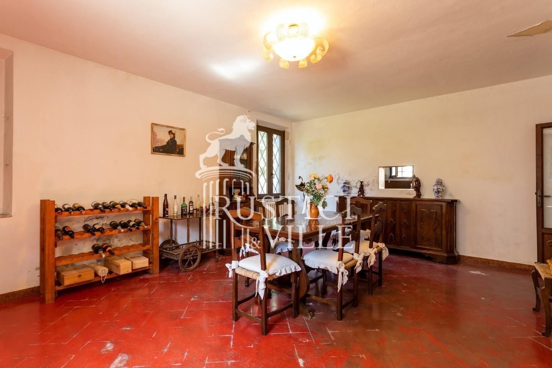 Historical building on sale to San Giuliano Terme (32/81)