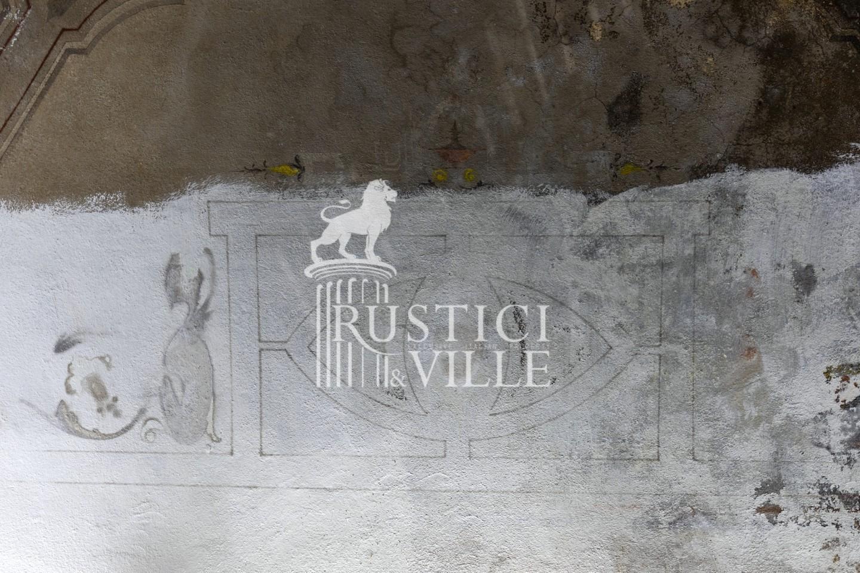 Historical building on sale to San Giuliano Terme (56/81)