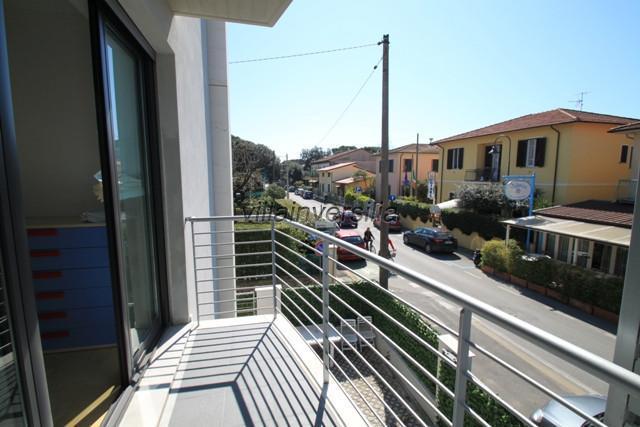 Foto 13/15 per rif. V 172021 Marina di Pietrasanta