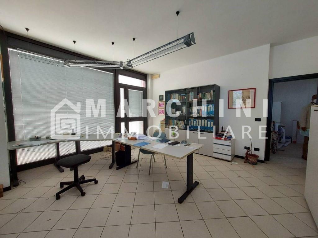 Ufficio in vendita a Lucca