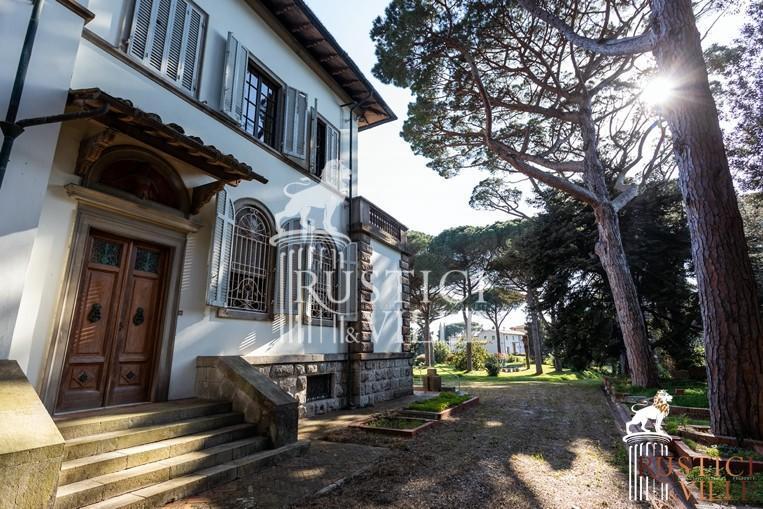 Villa on sale to Pisa (130/143)