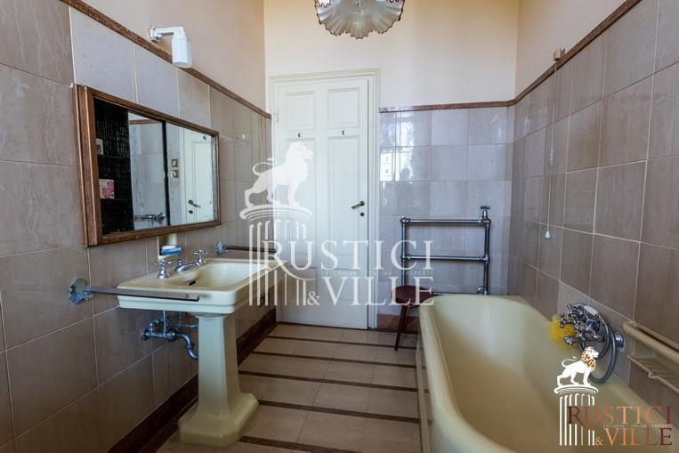 Villa on sale to Pisa (84/143)