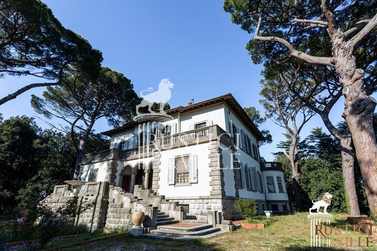 Villa on sale to Pisa (138/143)