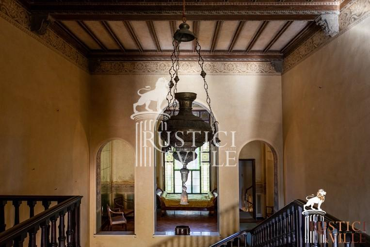 Villa on sale to Pisa (108/143)