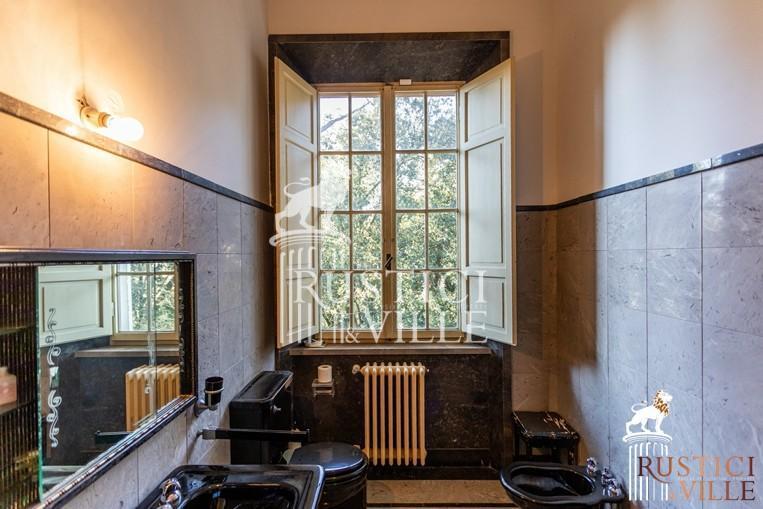 Villa on sale to Pisa (111/143)