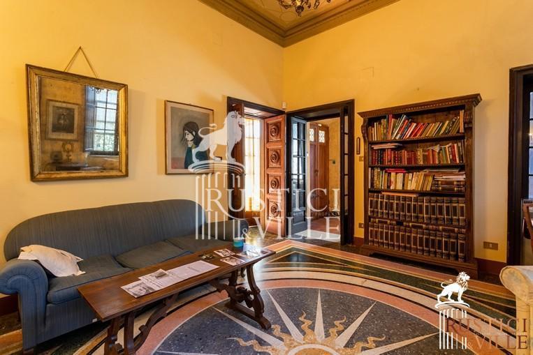 Villa on sale to Pisa (41/143)