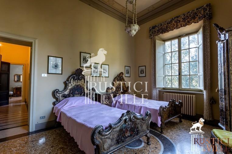 Villa on sale to Pisa (121/143)