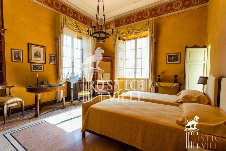 Villa on sale to Pisa (89/143)