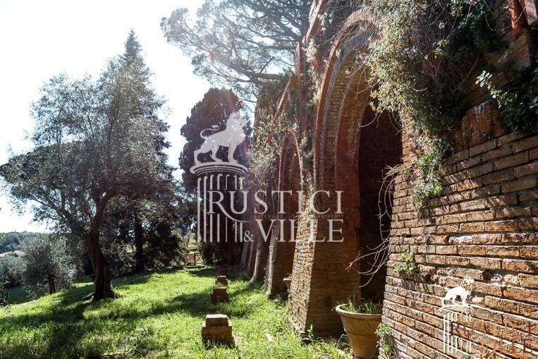 Villa on sale to Pisa (10/143)