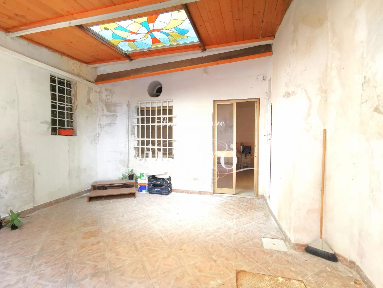 Locale comm.le/Fondo in vendita, rif. PF001