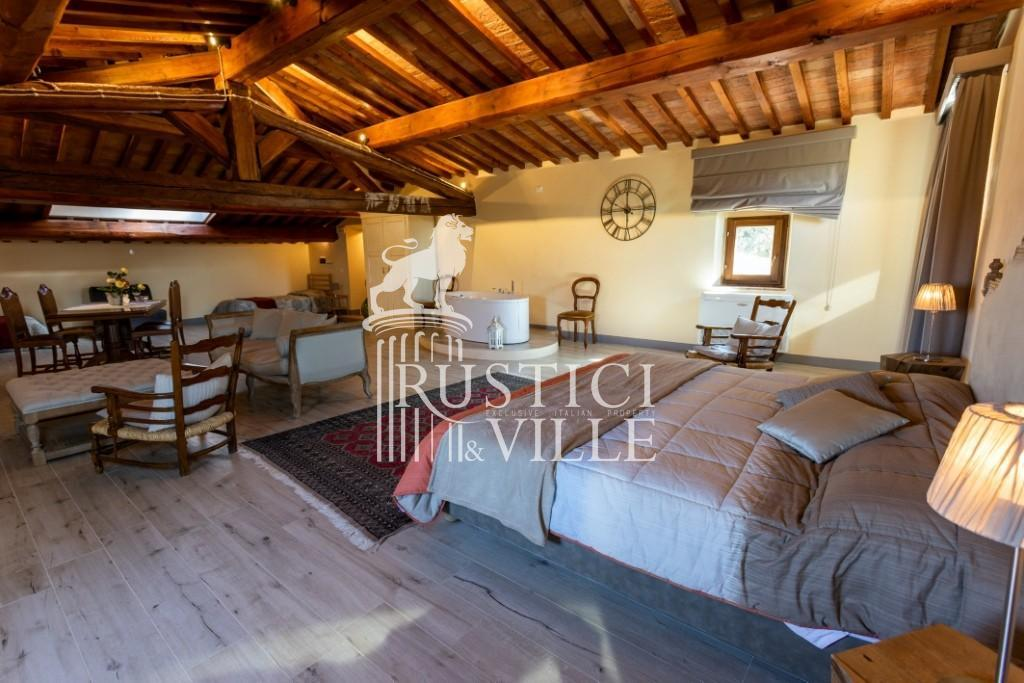 Historical building on sale to Pisa (29/58)