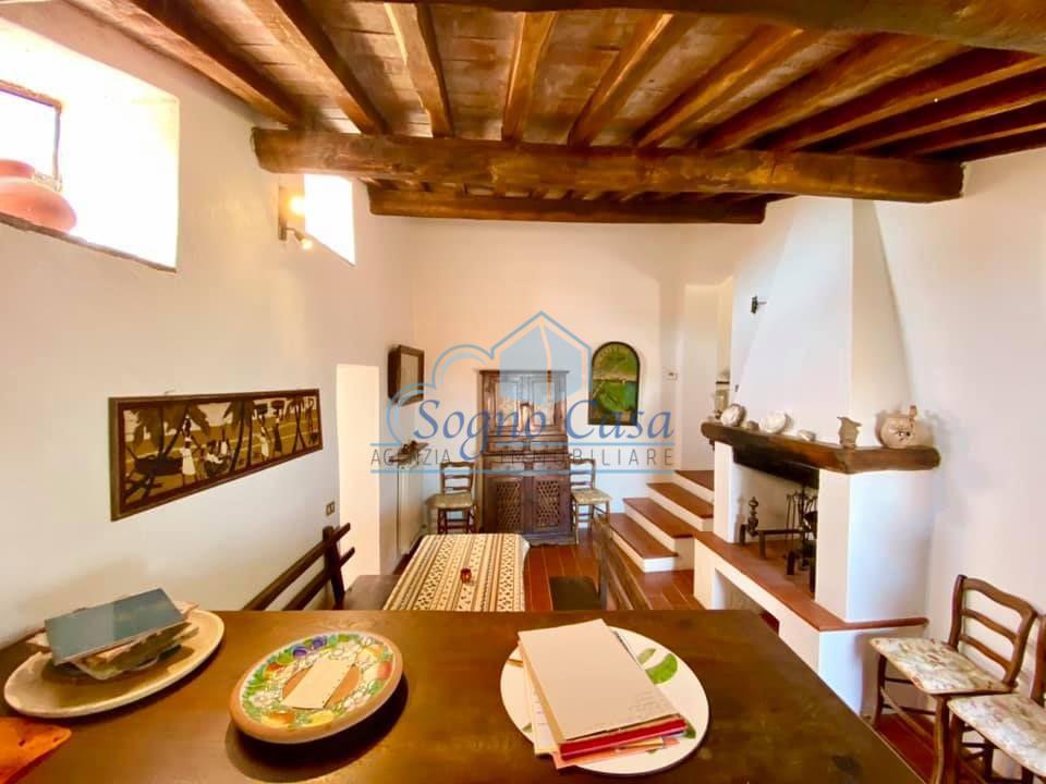 Porzione di casa in vendita a Montemarcello, Ameglia (SP)