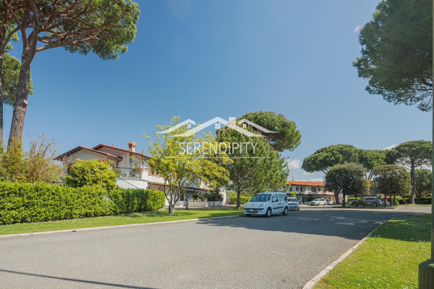 Semi-detached house for sale in Ameglia (SP)