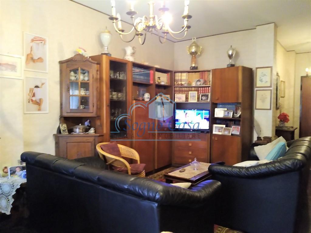 Appartamento in vendita, rif. 400329