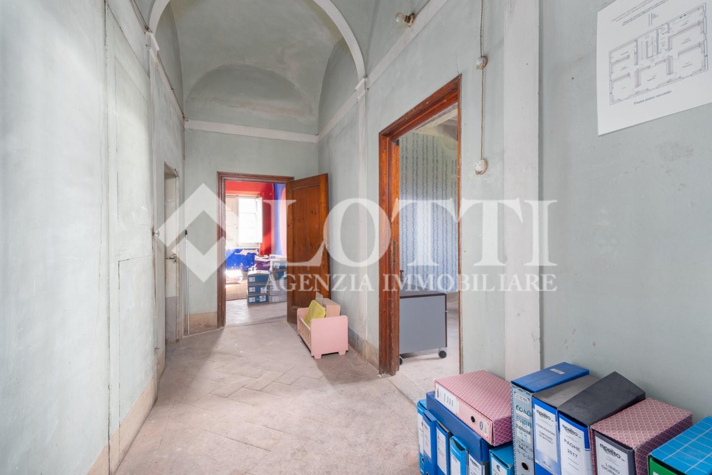 Ufficio in affitto commerciale, rif. 762
