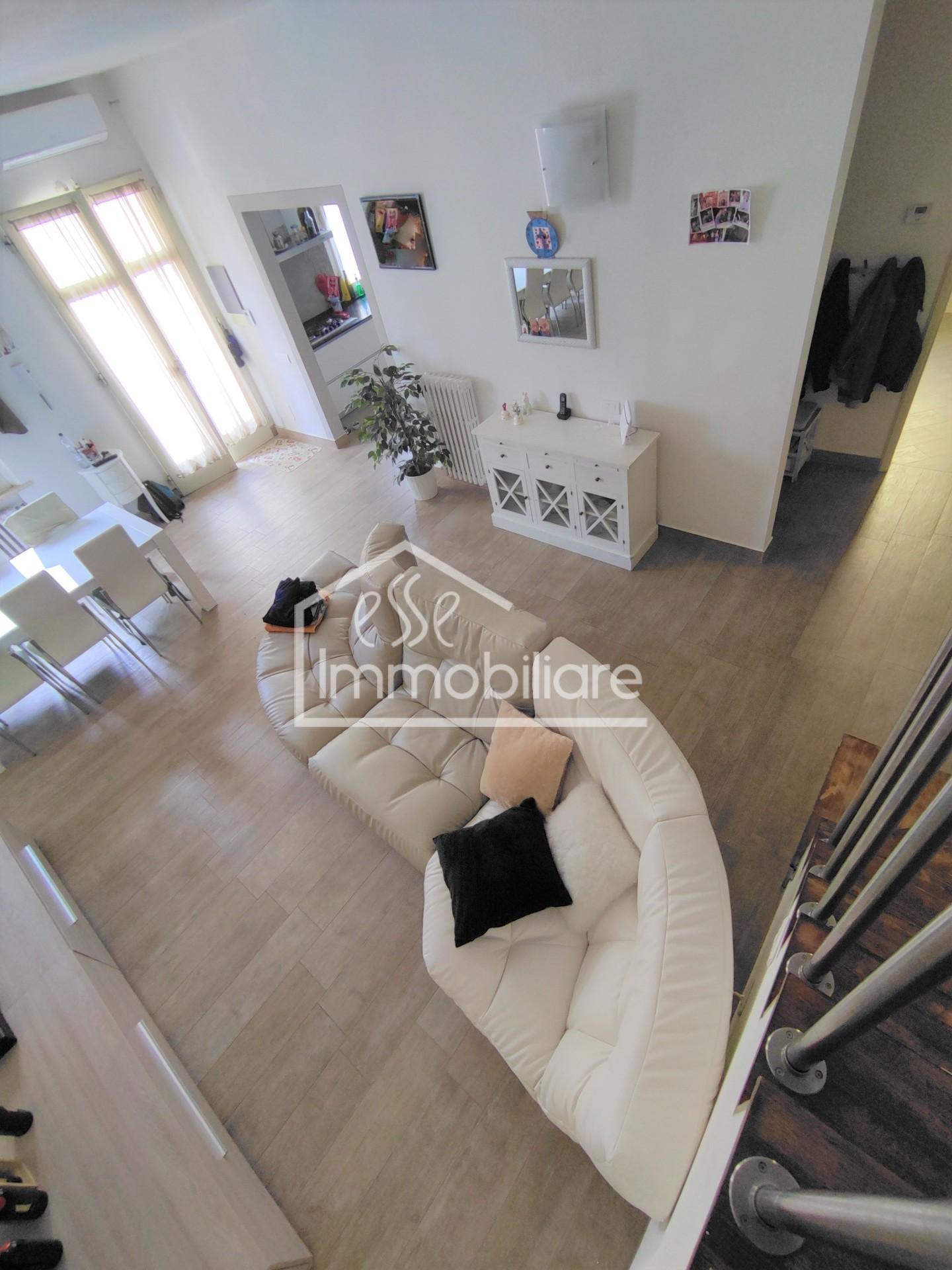 Appartamento in vendita, rif. ET/452