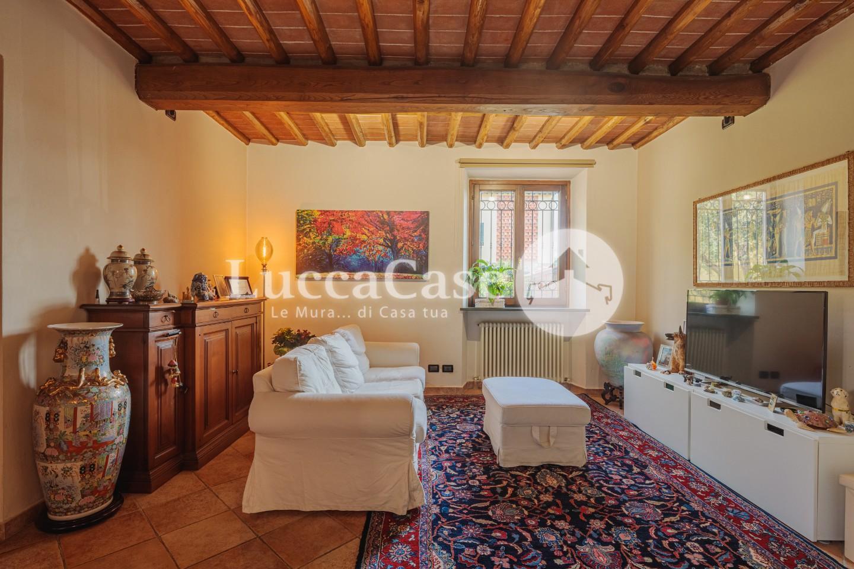 Casa semindipendente in vendita, rif. E009R