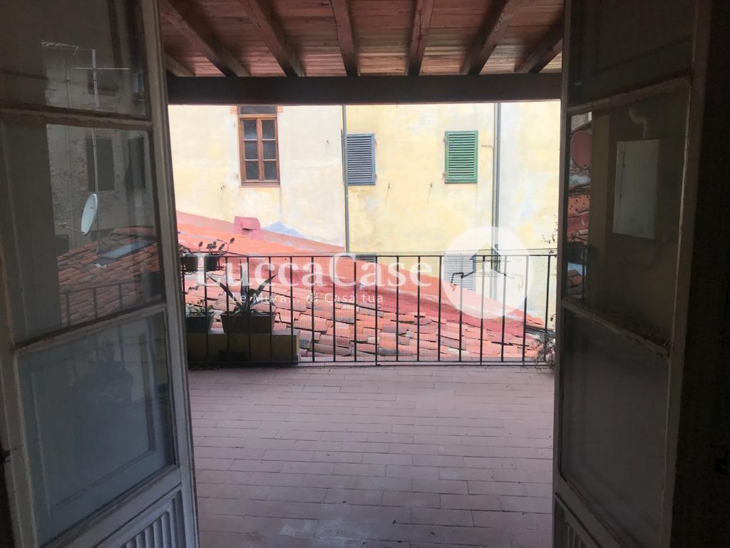 Appartamento in affitto, rif. F004J