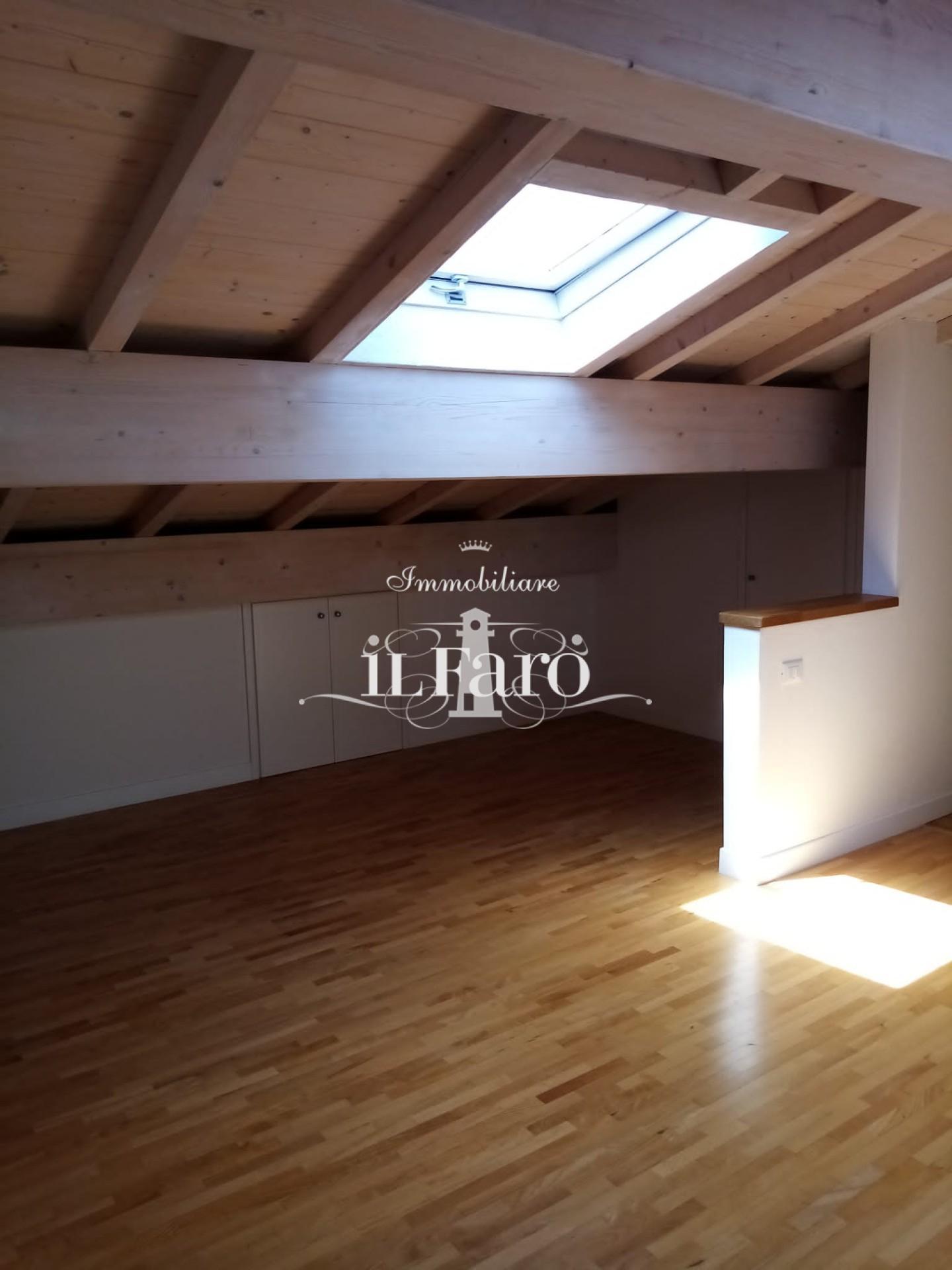 Casa singola in vendita, rif. V316